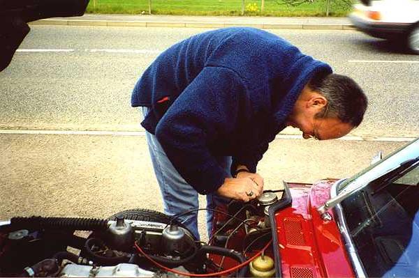 Photo of Triumph Spitfire - Roadside Maintenance