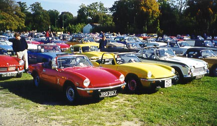 Photo of Triumph Spitfires at the Triumph Show at Sandown Park 1